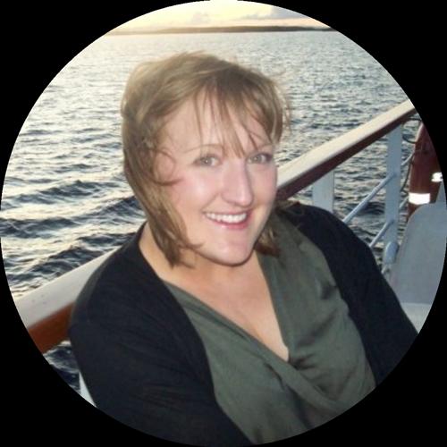 Photo of Jenny Abbott with ocean backdrop